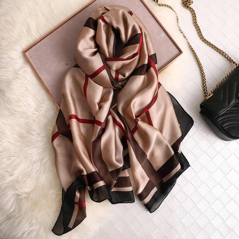 Di Lusso di Marca Donne Sciarpa di Seta Pashmina Sciarpe Scialli E Impacchi Bandana Sciarpa Dei Capelli Piega Chiffon Hijab Mousselin Foulard Femme