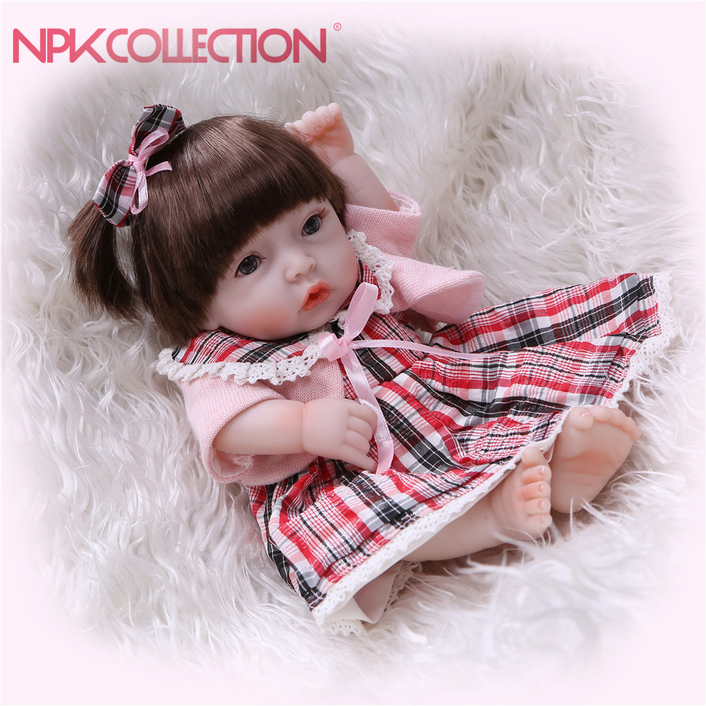 все цены на NPKCOLLECTION Soft Silicone Reborn Dolls Baby Realistic Doll Reborn Mini Baby Girl Full Vinyl Boneca BeBe Reborn Doll For Girls онлайн