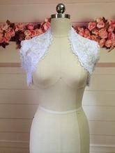 Evening Dresses Coat Bridal Jackets Capes 3/4 Long Sleeves Black Lace Wedding Boleros Shrug Feel Romantic Keyhole Back Bride