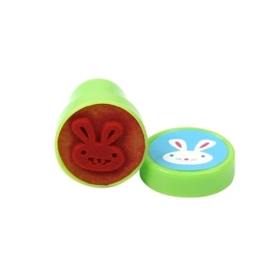 1pcs / Lot Various Styles Cute Cartoon Plastic Smiley Seal Fun Creative Diary Child Gift Drawing Tools Art Supplies For Kids