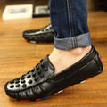 High Quality Summer Style Shoes For Men Skull Design Genuine Leather Fashion Casual Flats Shoes Breathable Driving Shoe