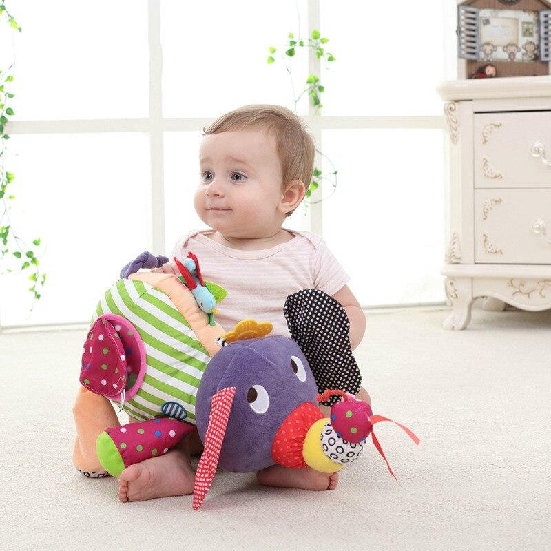 elefante segurando brinquedo do bebê 0-12 meses chocalho do brinquedo do bebê