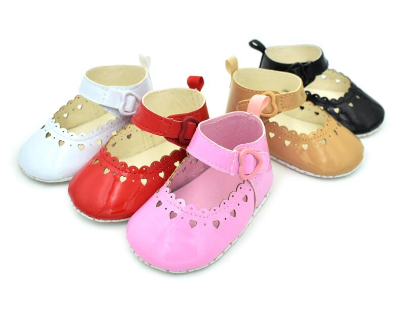 New Princess infantil Baby girl shoes Toddler First Walkers Pu leather Babe Ballet Dress shoes Hollow love style Baby moccasins