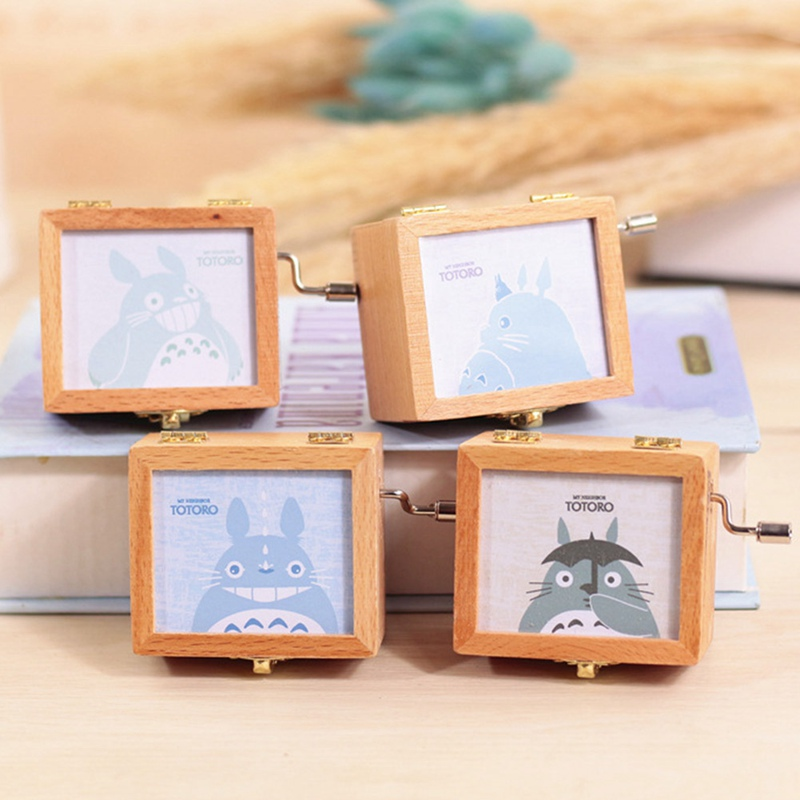 Cute Music Box Lovely Totoro hand crank 2018 New Arrival birthday Gift Christmas gift Wooden Music Box Style Radom
