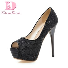 0b23cb6c6 32-43 Doratasia Brand New Tamanho Grande Atacado 13.5 cm Super Salto Alto  Sapatos de Festa de Casamento Da Noiva das mulheres pl.