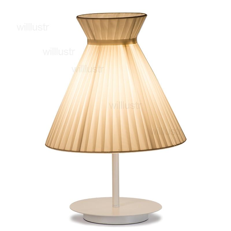 Lampe de table ange nordique fille fille chevet chambre bureau lumière chambre parapluie abat-jour lampe tissu de soie abat-jour tissu éclairage