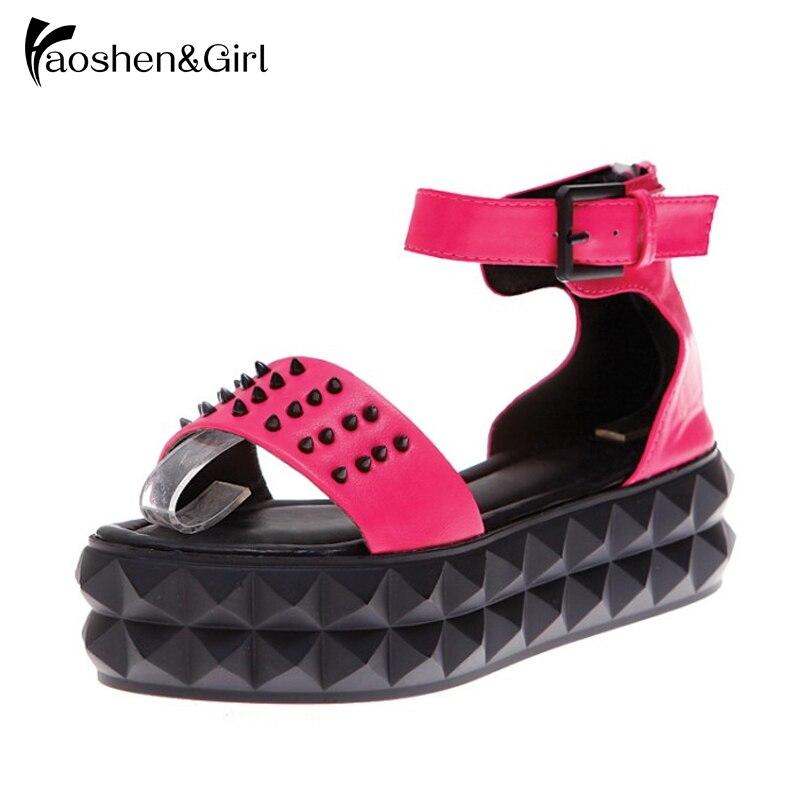 Women Fashion Thick Platform Sandals Leisure Punk Rivet Shoes Quality Woman Footwear Summer Buckle Shoes Size 35-39 G807