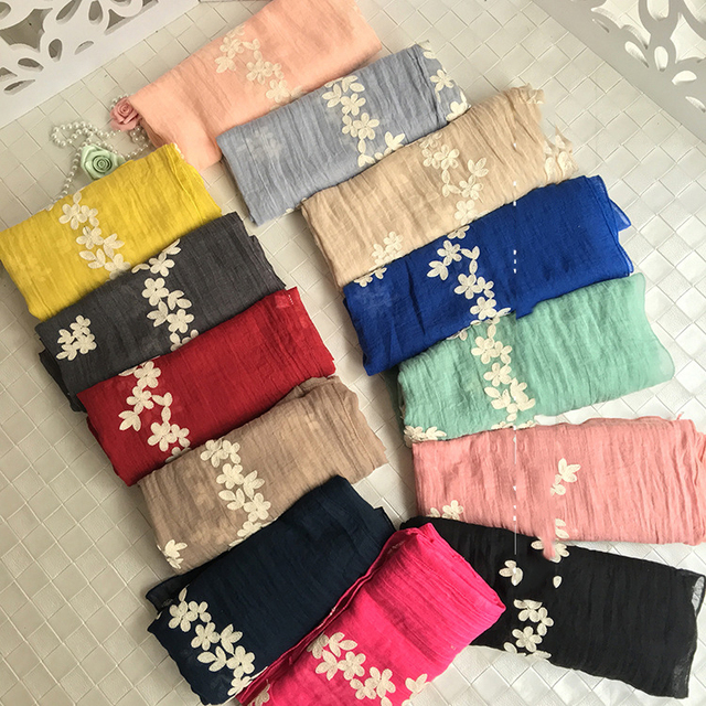 10 pzas/lote bufanda de mujer nueva de algodón de lino blanco flor bordado bufanda chal envoltorio musulmán Hijab bufanda 90X180 CM