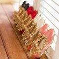Crianças quentes Sapatos Para Meninas, Rebites Princesa Menina Sandálias Crianças Sapatos de Couro Da Menina Da Criança Sandálias Sapatos Meninas Tamanho Eu20-34