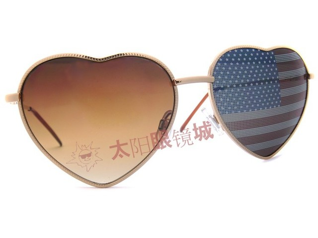 Love heart shaped vintage metal sunglasses personality fashion trend funny glasses polarized the USA America Flag sun glasses