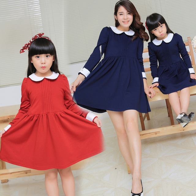 Muchacha / la señora moda collar de peter pan vestido de la princesa rojo azul madre e hija de la familia del vestido ropa de la familia a juego trajes