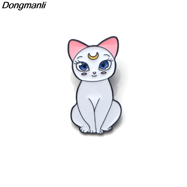 P2464 Dongmanli Cute Sailor Moon Cats Enamel Pin Buckle Shirt Pins and Brooches for Cartoon Lapel Pin Jewelry bag badge Gift