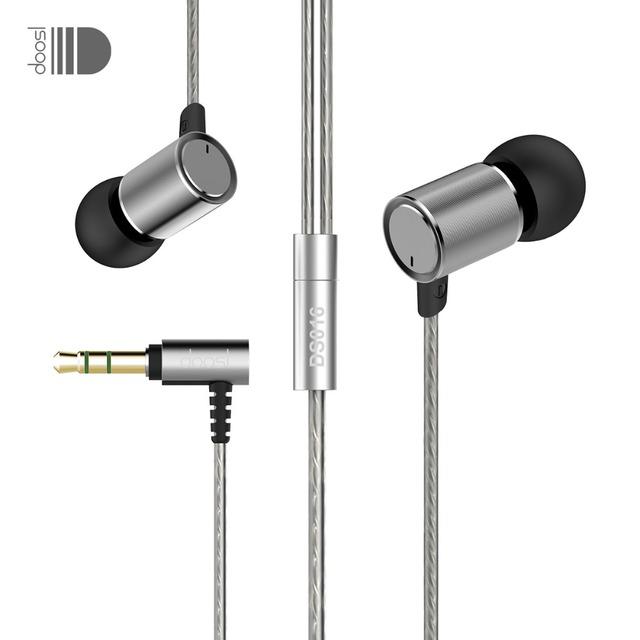 Doosl dinámico en la oreja los auriculares de música estéreo de alta fidelidad auriculares deportivos de metal con aislamiento de ruido auriculares con cable auriculares para el iphone pc