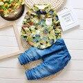 Мальчик одежды 2016 осень детской одежды устанавливает футболка + брючный костюм детской одежды комплект цветов печатный новорожденных bebe костюмы