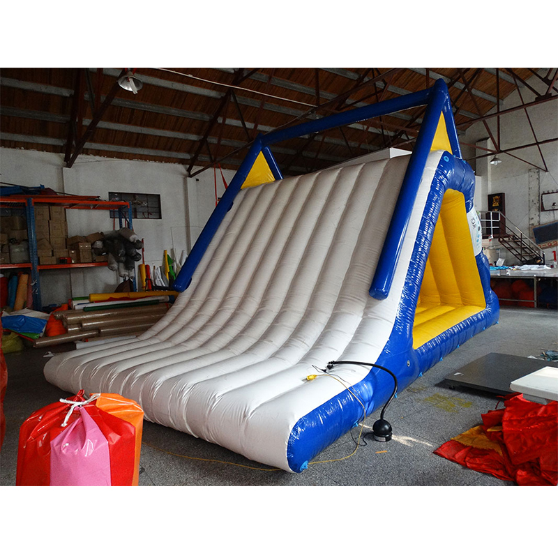 Inflatable Water Slide With Price: Commercial Giant Inflatable Water Toys Triangle Slides