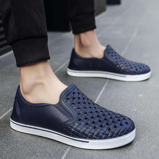 Size 40-45 2018 Men'S Casual Shoes Men Summer Style Hollow Flats For Men Loafer  Casual High-End Shoes Cool Hole Casual Shoes