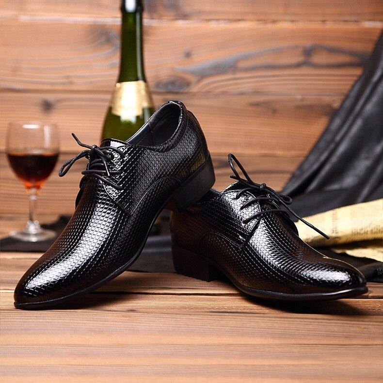 Venta al por menor 2016 Hombres de Oficina Zapatos de Vestir de Boda Italiana Traje de