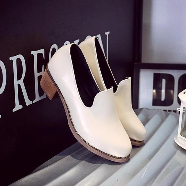 2017 Женщины Марка Британские Oxfords Мокасины Острым Носом Швейные Zapatos Mujer Femme Черный Красный Beige Vintage Туфли Slip on