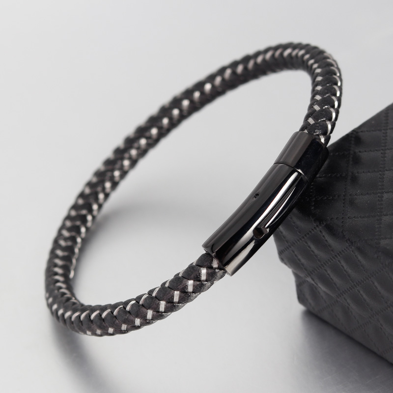 Mens Bracelets Genuine Leather Bracelets With Stainless Steel Wire Cable C Clasps Cuff Bangles For Male Female Bracelets