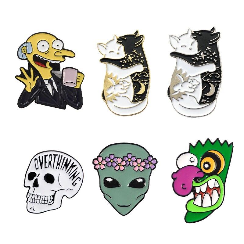 Hallo Die Simpsons Schmuck & Zubehör Broschen Ooga Booga Große Nase Celestial Yin Yang Katze Alien Et Halloween Schädel Skelett Emaille Broschen Revers Pin Angenehme SüßE