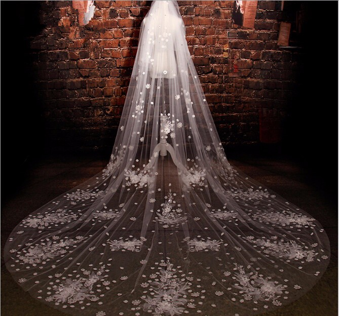 2016 3*3M Luxury Real Photos White/Ivory Appliqued Flowers Mantilla Wedding Veil Long With Comb Wedding Accessories EE210
