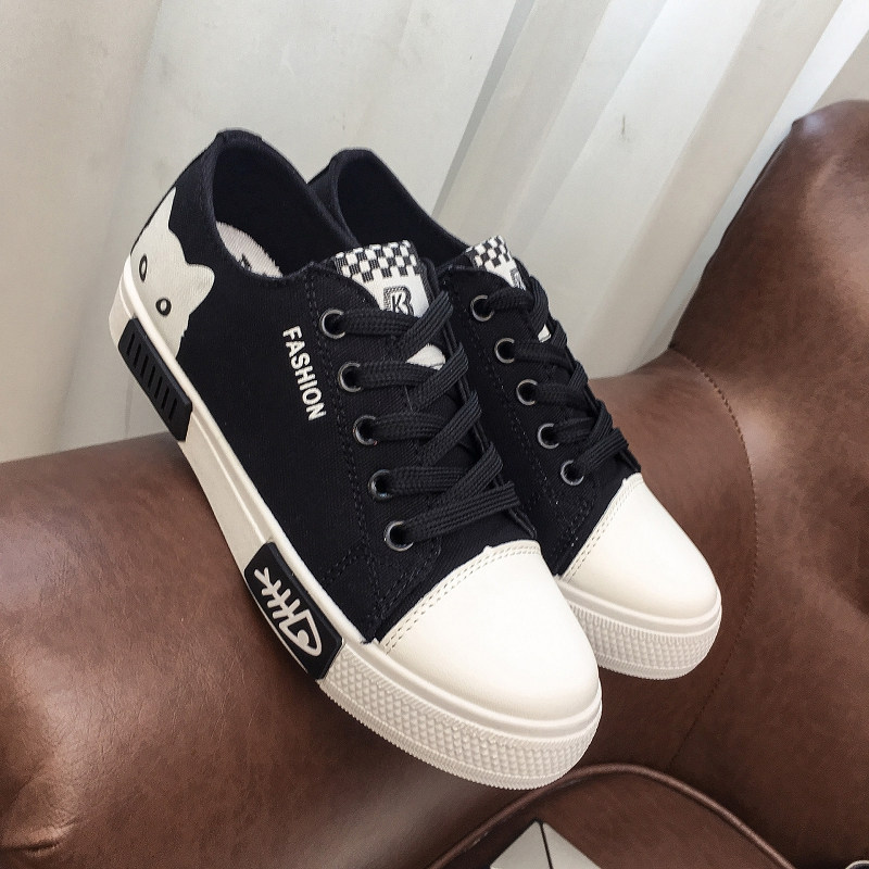 2019 Women Vulcanized Sneakers Breathable Flat Casual White Shoes Cat Woman Spring And Autumn Canvas Shoes White Black