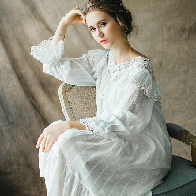 New Arrival Spring and Autumn Women Princess Bow Hollow Lace Cotton Nightgowns Lady Gowns Sleepwear Nightwear Vestidos QW1721