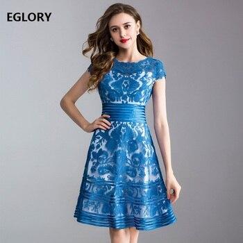 4c0f61f7aa40909 Элегантные женские платья лето 2019 высокое качество одежда женская  повторяющаяся вышивка короткий рукав трапециевидное кружевное платье с.