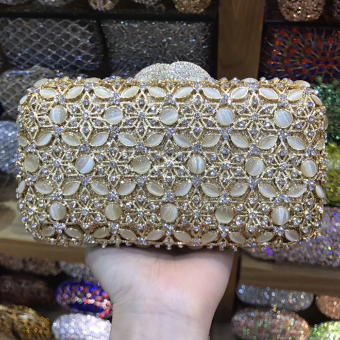 Hollow Out Rhinestones box Luxury gold/silver Handbags Women Bags Designer Wedding Party Crystal Clutch Evening dress Purse bagsHollow Out Rhinestones box Luxury gold/silver Handbags Women Bags Designer Wedding Party Crystal Clutch Evening dress Purse bags