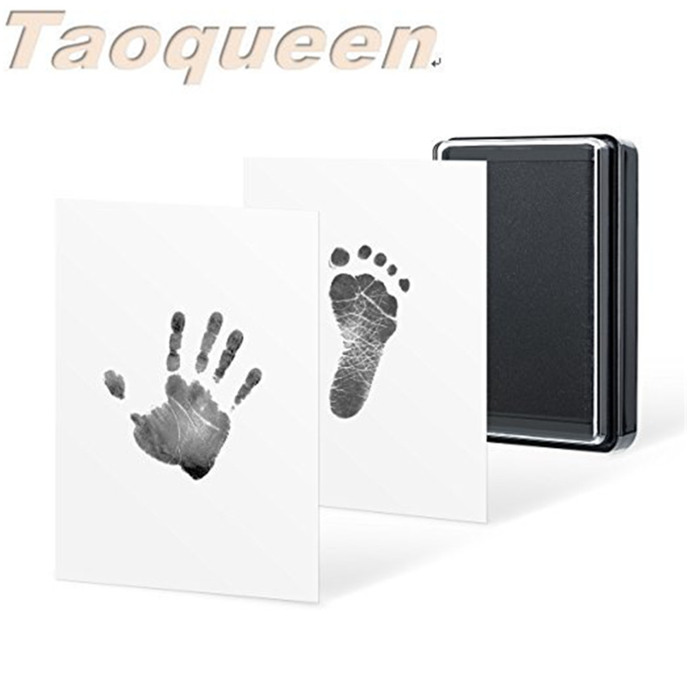 Taoqueen  Hand & Footprint Makers Toy Baby Handprint And Footprint Ink Pad 100% Non-Toxic Inkless Safe Imprint Souvenir