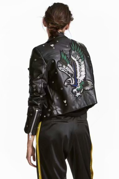 WISHBOP 2018 Woman Moto Faux   leather   JACKET Lapel Collar Back eagle Sequined Embroidered Metal Eyelets Heart Detail Zipped Cuffs