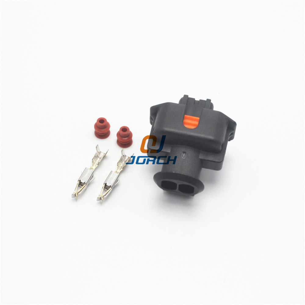 10 pcs sets 2 way pin female automotive electrical boschs connector 1928403874 1928403698 in Connectors from Lights Lighting