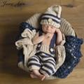 Adereços fotografia bebê recém-nascido infantil crochet knit traje elf beanie botão + calças outfits listrado azul macio presente do chuveiro de bebê