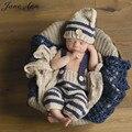 Bebé recién nacido accesorios de fotografía infantil de punto de ganchillo traje azul a rayas trajes suave botón elf beanie + pantalones bebé regalo de la ducha