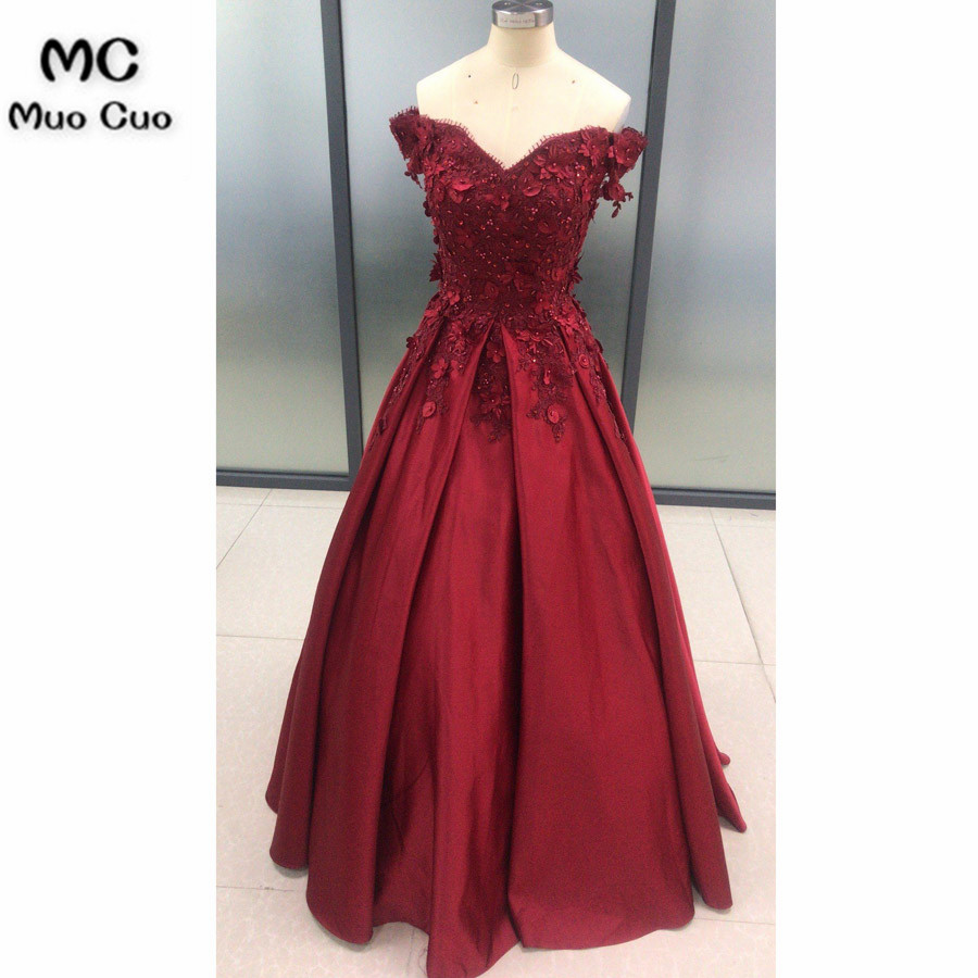 2018 Burgundy Off Shoulder   Evening     Dresses   with Flowers Beaded Appliques Satin Formal   Evening   Party   Dress   for Women
