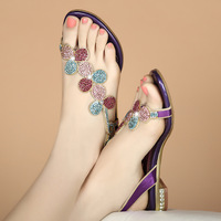 New style diamond sandals Xia Ping heel leather flat sole toe clip flip flop low heel flower shoes