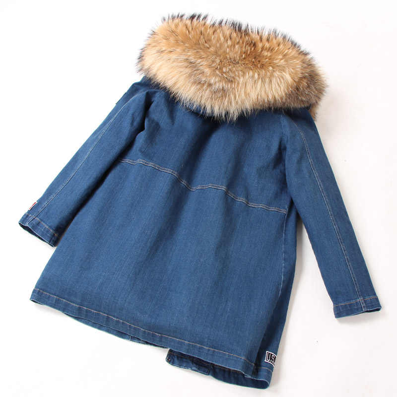 ... Зимнее пальто женская джинсовая куртка толстые парки натуральный мех  енота воротник с капюшоном пальто модное длинное ... 64e39a009eb
