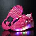 2017 niños niñas niños luz led roller skate shoes con ruedas ruedas kids shoes pink negro jazzy júnior luminoso zapatillas
