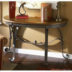 High Quality European Style Iron Console Table Against The Wall Entrance  Station Half Round