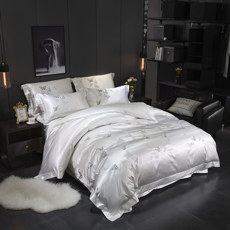 White Silver Silk Cotton Luxury Butterfly Bedding set 4Pcs Queen King size Bed set Embroidery Duvet