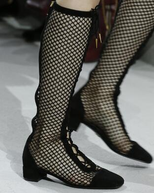 2018 Nouveau Gladiateur De Mode Noir Argenté/Enfant Couverture De Suède Talon Chaussures Talon Carré Femmes Chaussures Zip Demi de Bottes femmes de Sandales