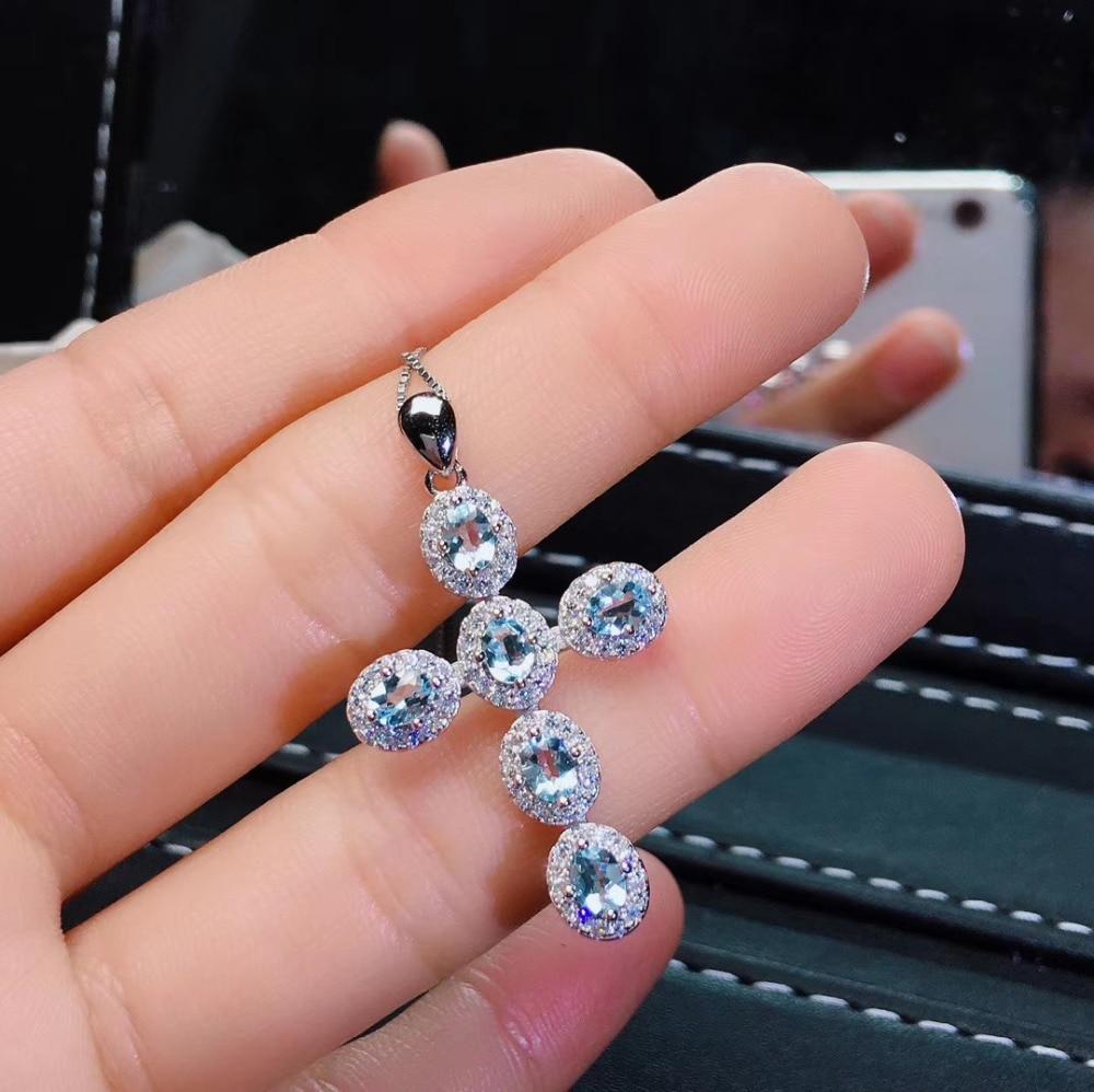 Naturel aigue-marine pendentif S925 argent naturel bleu clair topaze pendentif collier à la mode élégant croix femmes fête cadeau bijoux