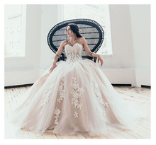 LORIE Boho ชุดแต่งงาน Sweetheart Appliques A   Line ที่ไม่มีสายหนัง Princess Lace ขึ้นกลับชุดเจ้าสาวชุด