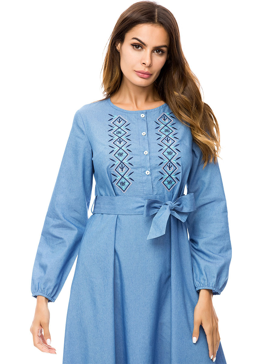 f016912d19cb9 US $24.32 40% OFF|Casual Jeans Maxi Dress Embroidery Abaya Plus Size Kimono  Loose Vintage Long Robe Gowns Bohemia Swing Muslim Islamic Clothing-in ...