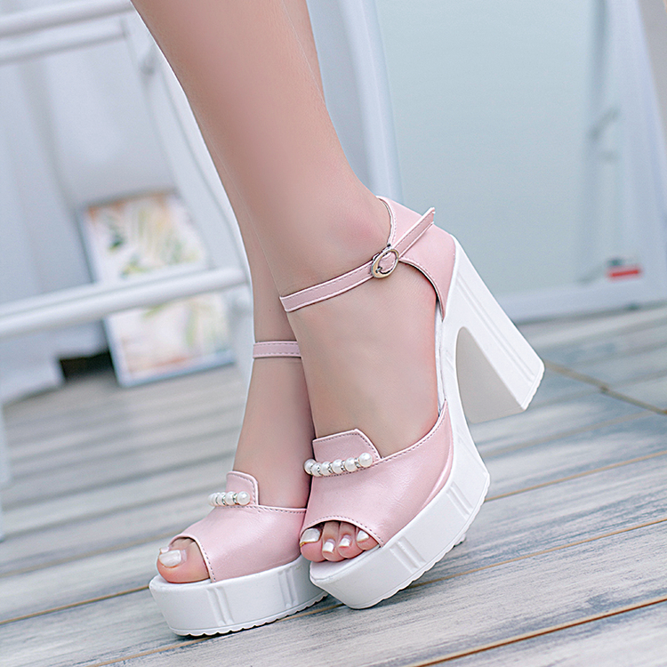 In the summer of 2016 sweet princess thick with shoes sexy beaded leisure fashion high heels round head is cool