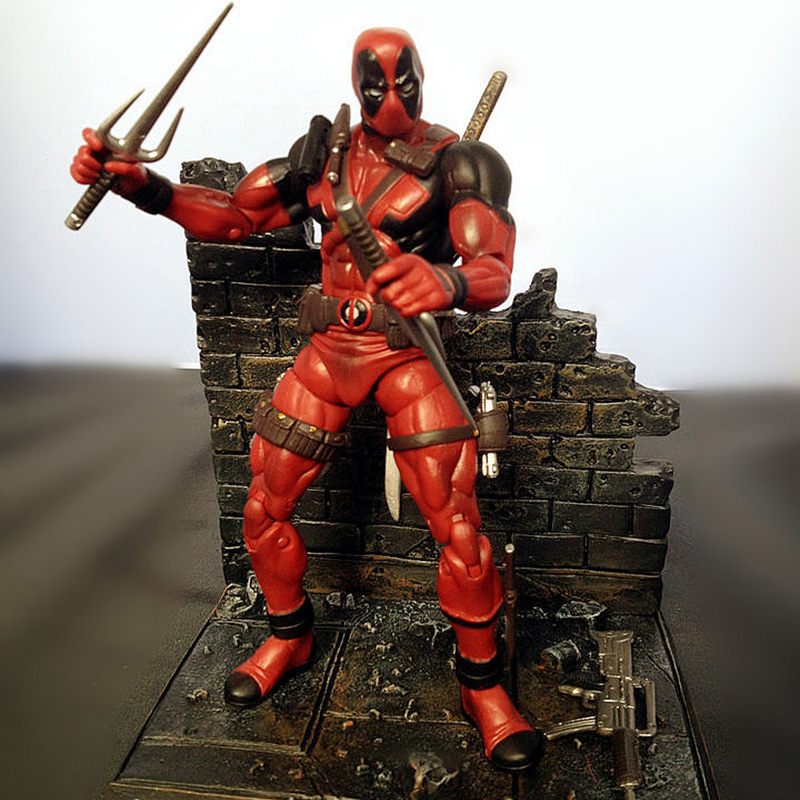 New arrive Deadpool The Avengers Super Hero Justice league X-MAN Deadpool Action Figure Toys Collection Model With Retail Box super bargain new model new steampunk army man