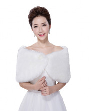 Cheap Simple Warm Faux Fur Bridal Women Bolero Bridal Wraps Cloak Jacket for Bridal Gowns For Winter Autumn faux fur stoles
