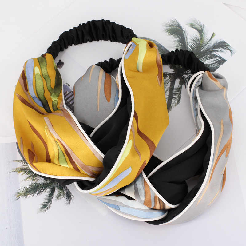 2018 Новая модная атласная ткань тюрбан с узлом ободок Девушки Женщины резинки для волос руководитель группы аксессуары для упаковки для девочек головной убор