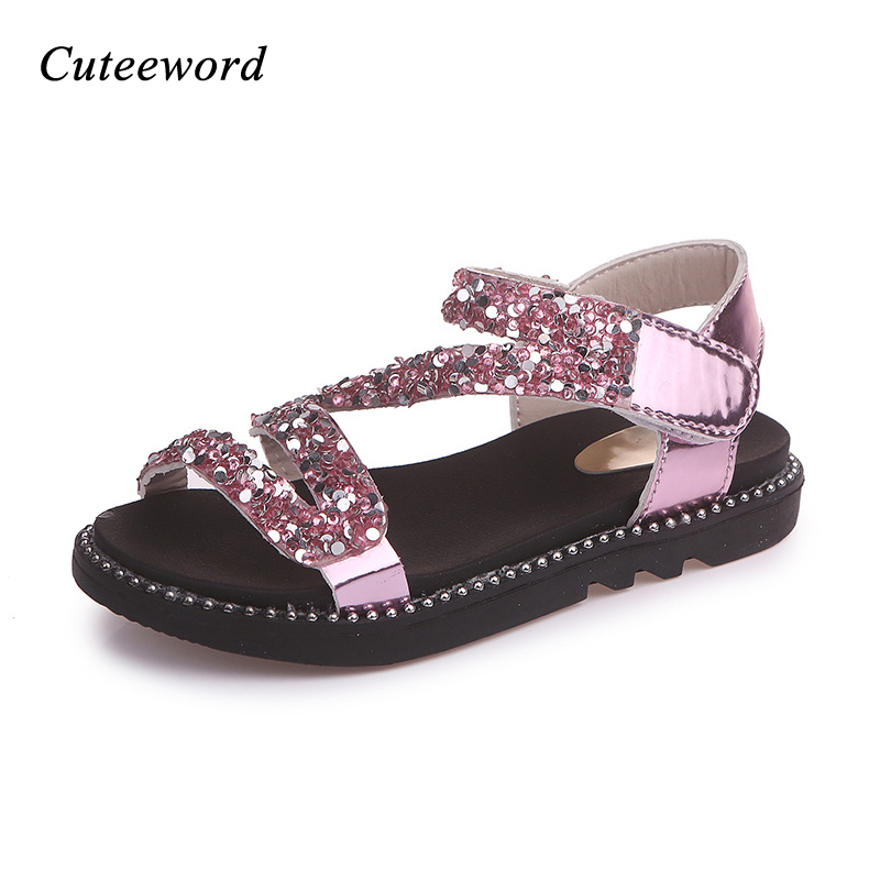 Sequins flat childrens sandals for girls casual shoes 2018 summer soft sole fashion patent leather glitter kids princess shoes