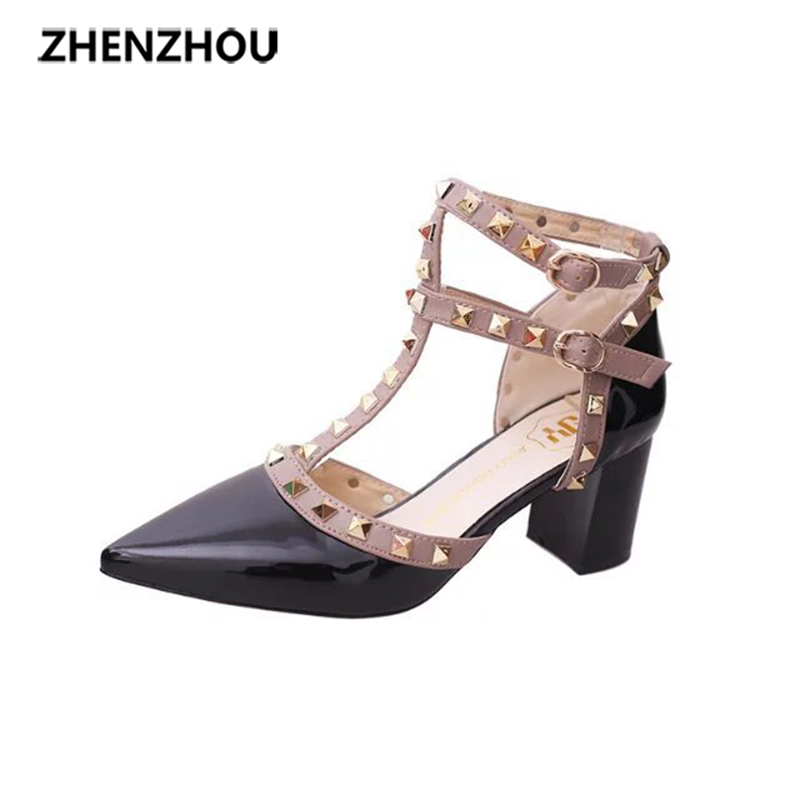 The 2017 new spring/summer fashionable women's shoes with a pointed study-toe with a pair of one-word button-strap sandals a study of foods